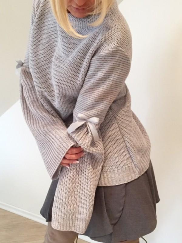 Sweter Dzwonek