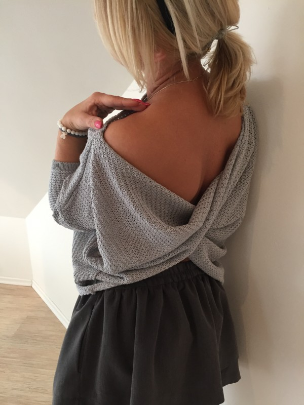 Sweterek Przekładany Motylek. KolorSzary