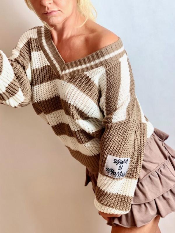 Sweterek w paski karmelowo ecru